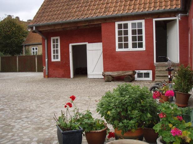 Klassisk Gårdhave by CG TEKNIK Rådgivende ingeniørfirma
