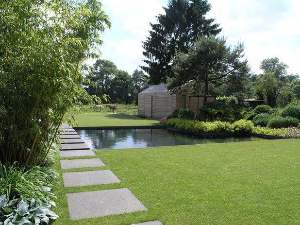 Modern Garten by Jensen Landschaftsarchitekten
