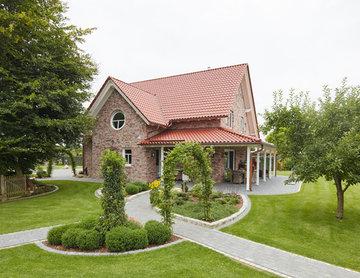 Einfamilienhaus mit Doppelgarage