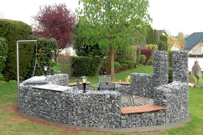Современный Сад by Garten- und Landschaftsbau Sternik