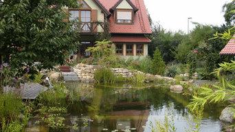 Garten mit Teichanlage