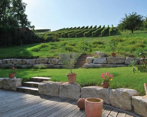 Outdoor gestaltung mit gartenmauer im landhausstil ideen for Gartengestaltung landhausstil