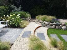 11 Ideen für Gartengestaltung mit Steinen und Findlingen