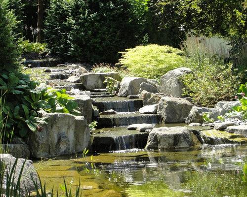 Garten mit wasserspiel in hang/hügel/ufer nähe   ideen für die ...