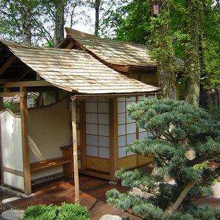 Idéer för en mellanstor asiatisk trädgård i skuggan, med trädäck