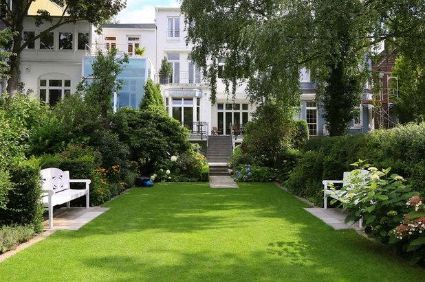 Klassisch Garten by Borgmann Gärtner von Eden
