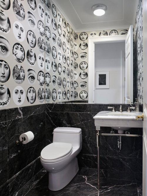 Kleine Moderne Gästetoilette Mit Toilette Mit Aufsatzspülkasten,  Schwarz Weißen Fliesen, Marmorfliesen, Bunten