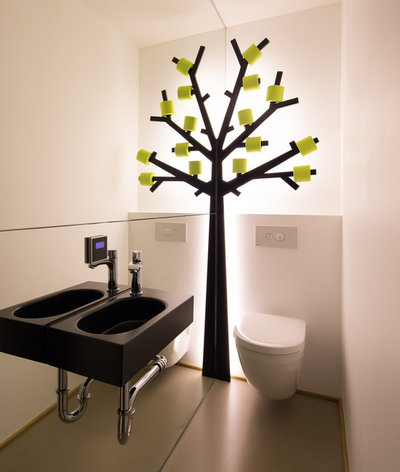 Modern Gästetoilette by schulz.rooms