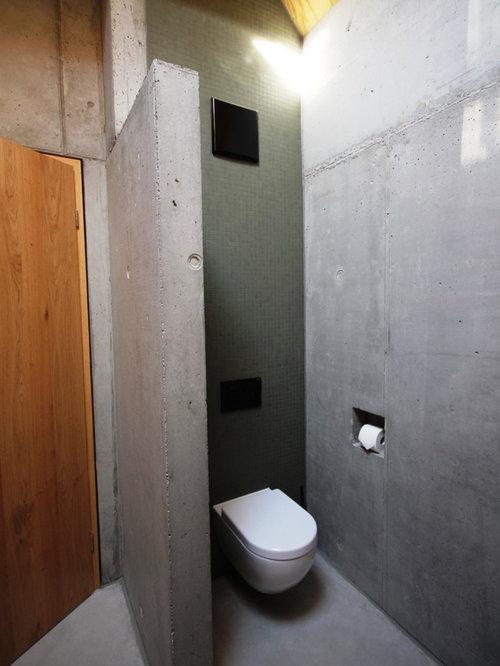 photos et id es d co de wc et toilettes industriels avec carrelage en mosa que. Black Bedroom Furniture Sets. Home Design Ideas