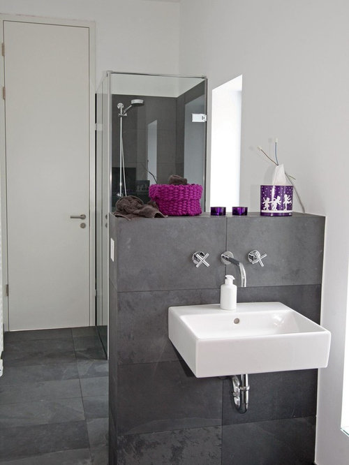 g stetoilette g ste wc mit schieferboden modern ideen f r g stebad und g ste wc design houzz. Black Bedroom Furniture Sets. Home Design Ideas