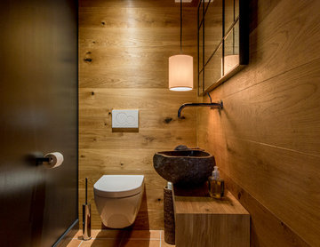 Upgrade eines Eingnagsbereichs und Erweiterung für Gäste WC