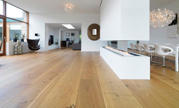 Moderne Alrum by Dinesen