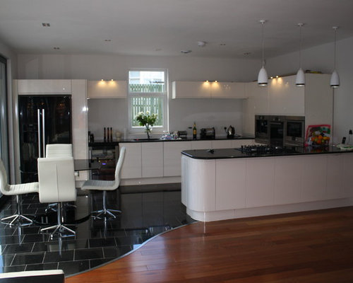 Contemporary 1909 kitchen glasgow home design ideas photos for Designer room glasgow