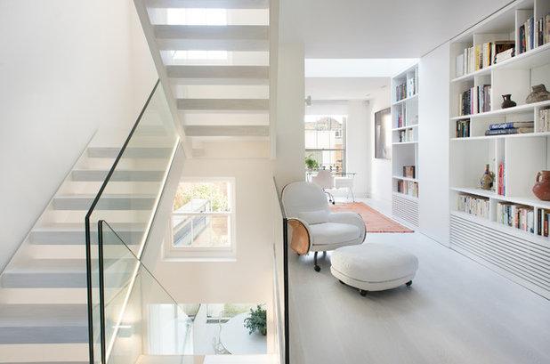 Contemporary Family Room by Bertolini Architects