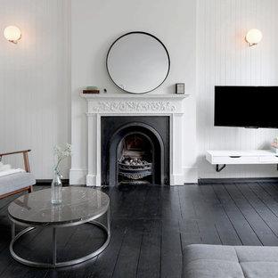 The Black and White Flat in New Highbury