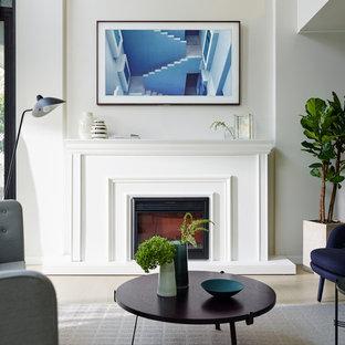 TV turns into Art - Samsung Frame TV
