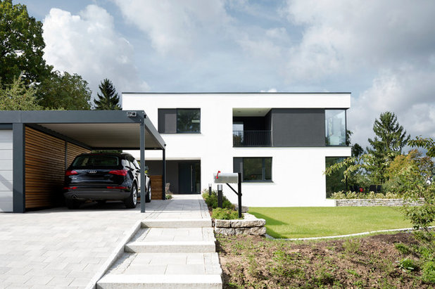 Contemporary Garage by [lu:p] Architektur GmbH