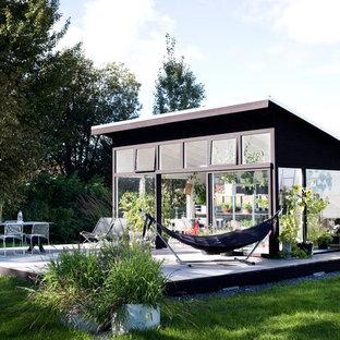 Idée de décoration pour un abri de jardin nordique.