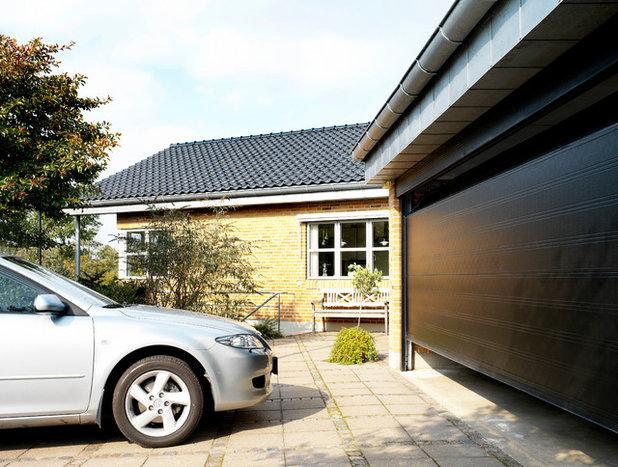 Skandinavisk Garage by NASSAU Door A/S