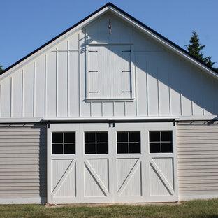 1108- Creekside Cove, Garage & Barn