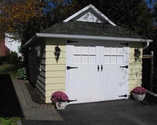 Craftsman detached one-car garage idea in Toronto & Carriage Doors | Houzz Pezcame.Com