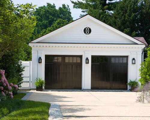 Farmhouse garage and shed design ideas pictures remodel for Farmhouse plans with detached garage