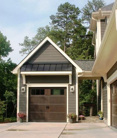 Craftsman Garage by Crowe Design & Associates