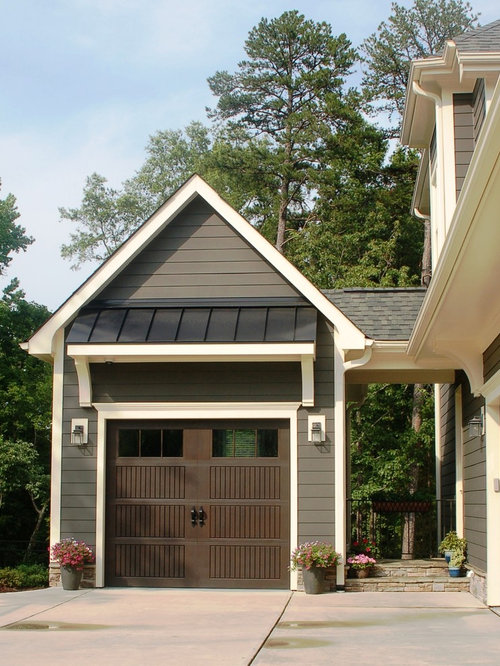 Craftsman garage and shed design ideas pictures remodel for Arts and crafts garage