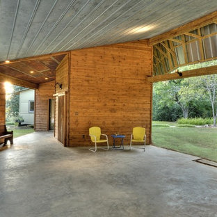 Aménagement d'un carport contemporain.