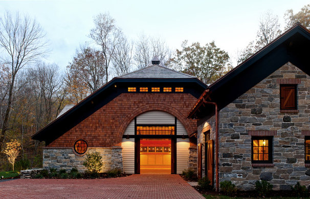 Traditional Garage And Shed by Daniel Contelmo Architects