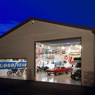 Idéer för att renovera ett stort industriellt fristående trebils kontor, studio eller verkstad