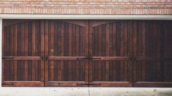 Chapel Hill - Wood Garage Door
