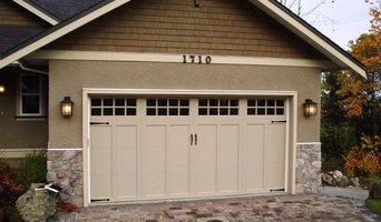 Clopay Coachman Series Garage Door