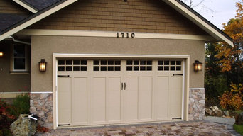 Clopay Coachman Series Garage Door