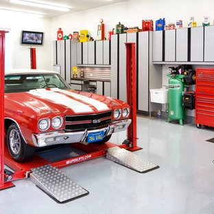 Design ideas for a large industrial attached three-car garage in Chicago.