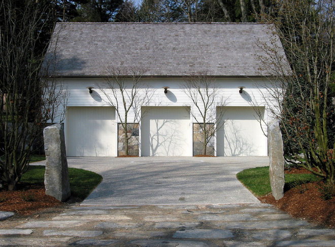 Traditional Garage And Shed by Wesley Stout Associates