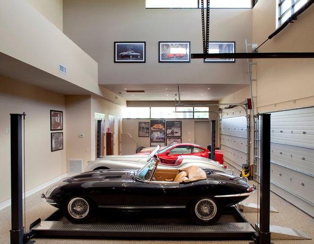 Modern Garage by FleischmanGarcia