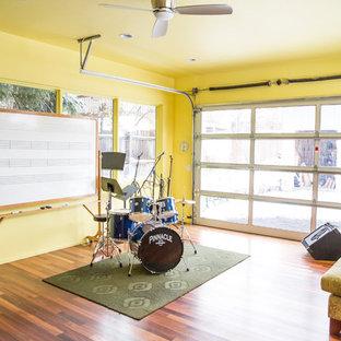 Garage workshop - mid-sized contemporary garage workshop idea in Denver