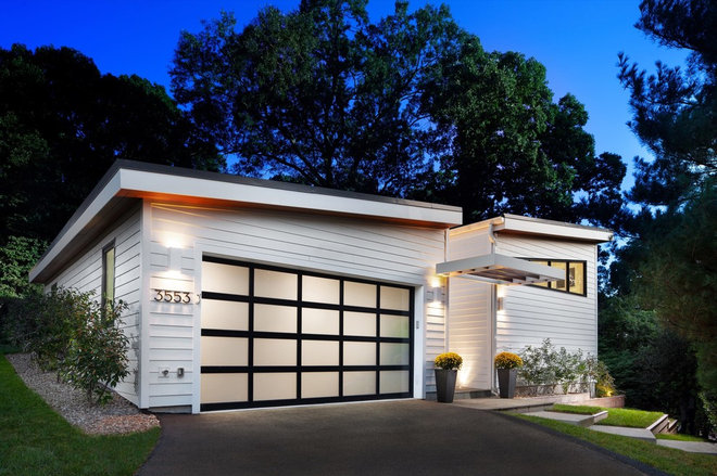 Contemporary Garage by Four Brothers LLC