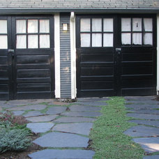 Traditional Garage And Shed by EMERALD STONE MASONRY INC.