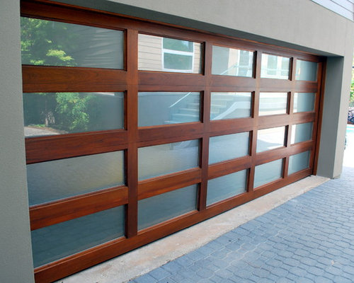 SaveEmail & Wood Garage Doors w/ Strong Horizontal/Vertical Designs Pezcame.Com
