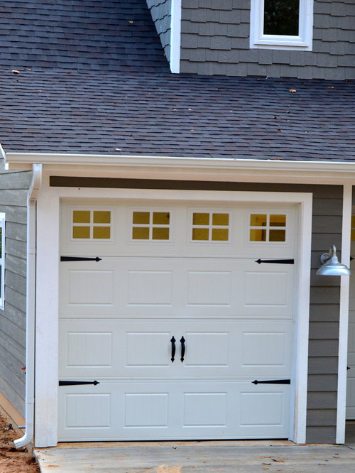 Budget arts and crafts garage and shed design ideas for Arts and crafts garage