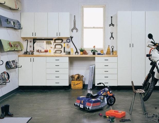 Craftsman Garage by California Closets HQ