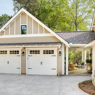 Idee per un garage per due auto indipendente chic di medie dimensioni