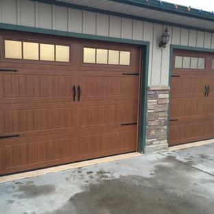 Réalisation d'un grand garage pour deux voitures attenant craftsman.