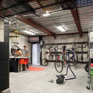 Réalisation d'un garage urbain avec un bureau, studio ou atelier.