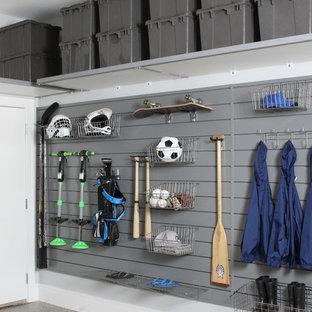 Удачное сочетание для дизайна помещения: пристроенный гараж среднего размера в стиле лофт для двух машин - самое интересное для вас