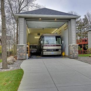 Inspiration för stora klassiska fristående garager och förråd