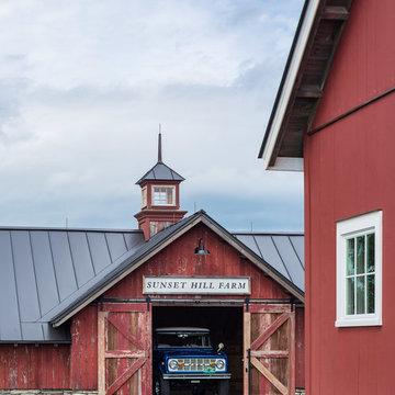 Farmhouse Barn Garage