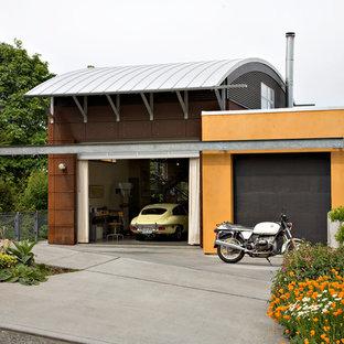 Idéer för att renovera en mellanstor industriell tillbyggd tvåbils garage och förråd